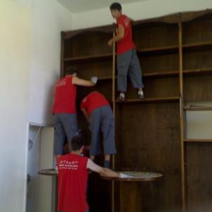 Сглобяване и разглобяване на мебели.